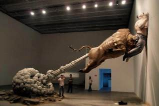 wpid-bull-fart-sculpture-china-1.jpg.jpeg